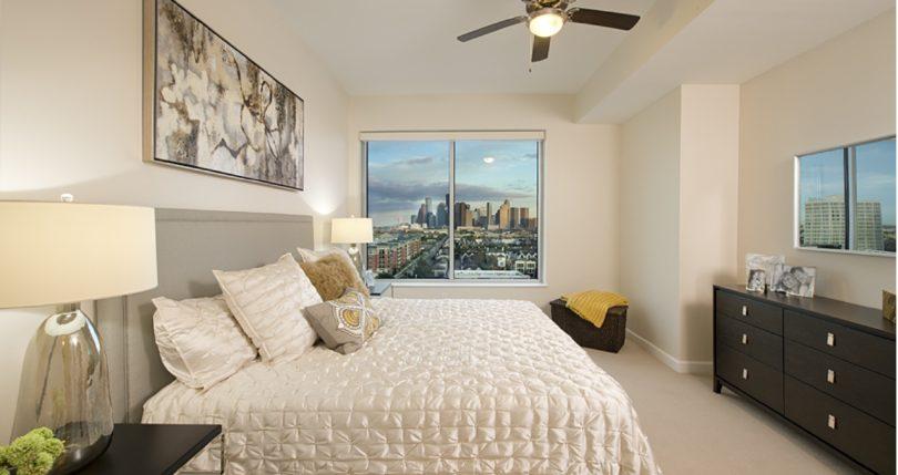 Soverign Houston Apartments Web 4-01